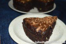 eggless chocolate cake, बिना अंडे का चॉकलेट केक, chocolate cake in Hindi