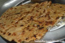 mooli ka paratha, radish paratha recipe in hindi