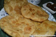 bharwa aloo puri, भरवां आलू पूरी, stuffed aloo puri recipe image, aloo pudi photo